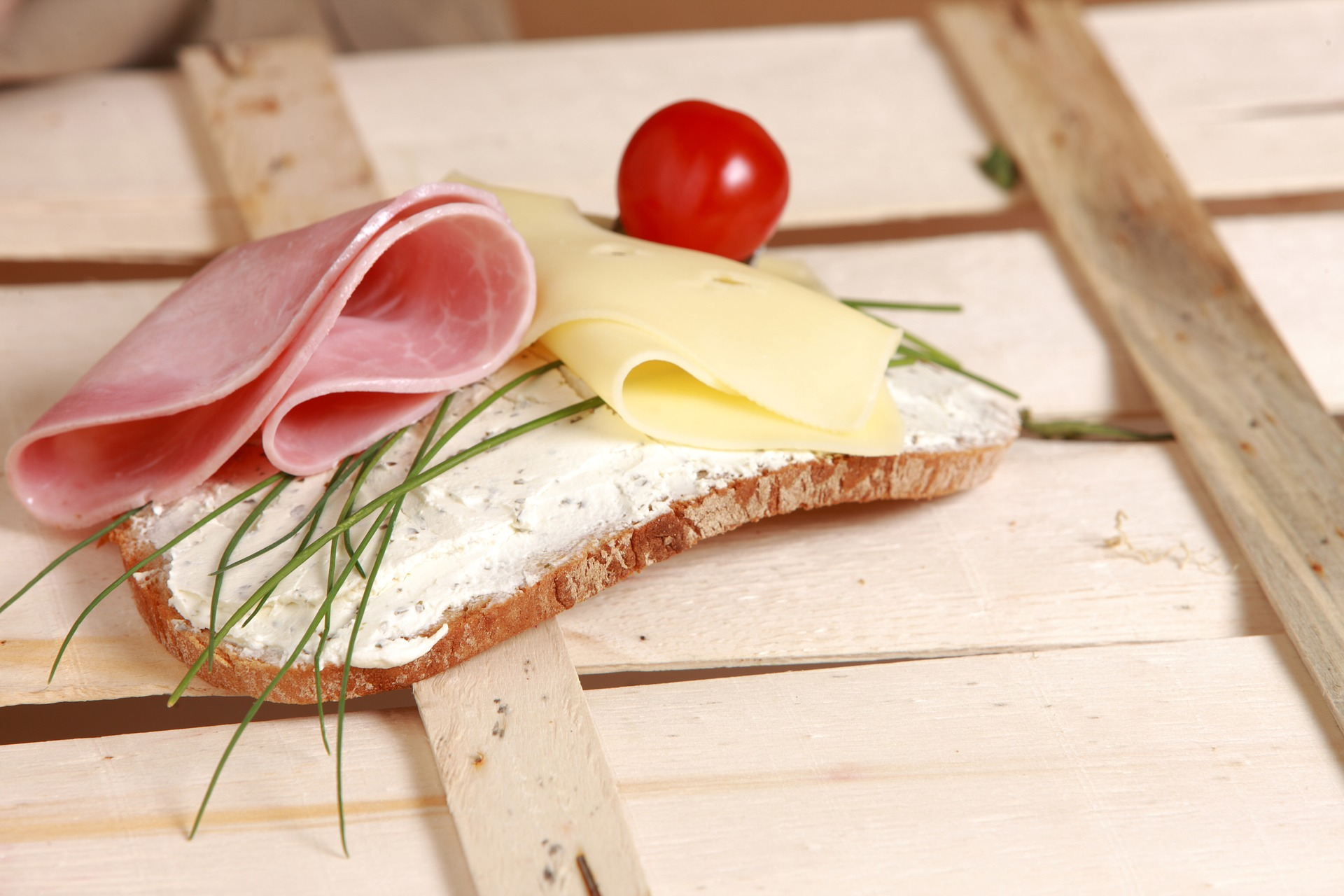 bread-and-butter-1331447_1920